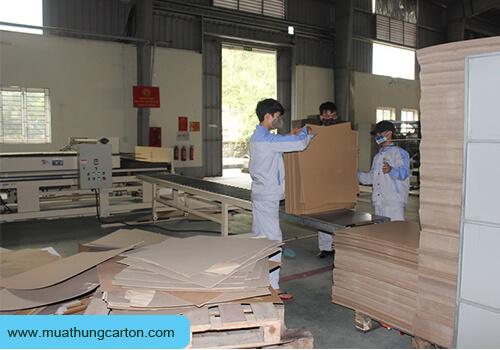 Thùng Carton Hóc Môn Giá Rẻ -6